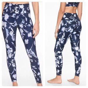 Athleta Water Flower Salutation 7/8 Tight Blue